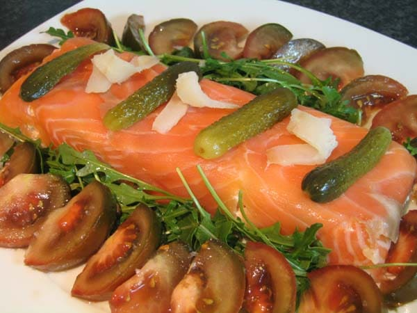 Tarta de salmón y langostinos
