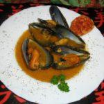 Mejillones con salsa de almendras