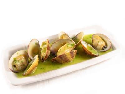 Almejas con langostinos en salsa verde - Salsa verde para almejas ...