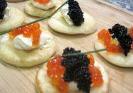 Blinis con patatas y caviar