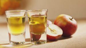 Licor de manzana Annurca
