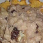 Risotto con achicoria, salchicha y gorgonzola