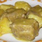 Estofado con patatas y cúrcuma